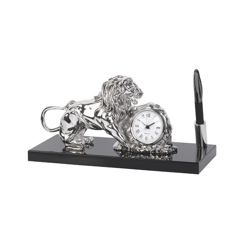 Часы настольные со львом, с ручкой, на деревянной основе, посеребрение, h 15 см